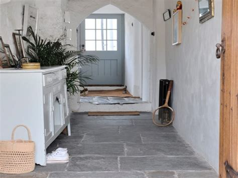 Cottage kitchen floor tiles, country kitchens with stone