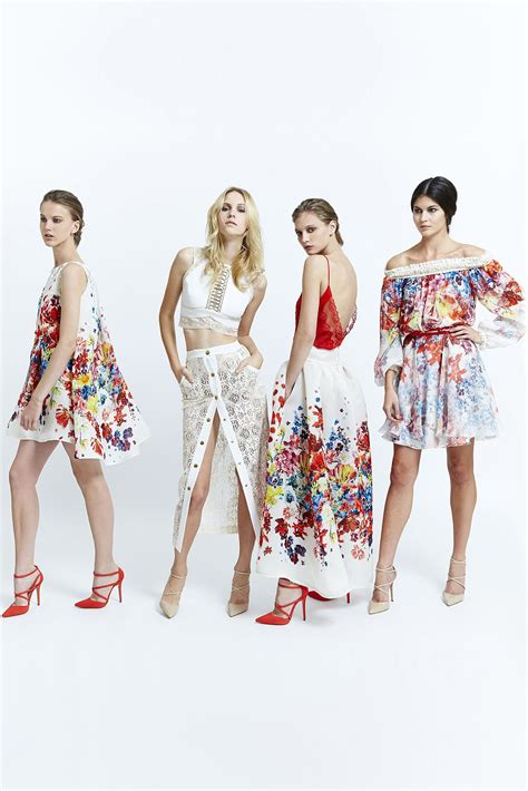 Set Of Style Ir1006 1 zuhair murad 2015 ready to wear collection photos vogue