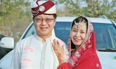 Chinese couple holds marriage ceremony Pakistani way
