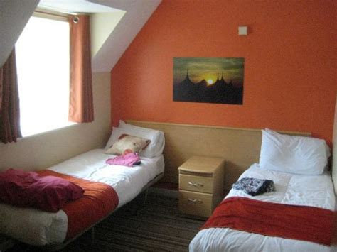 butlins skegness rooms gold room picture of butlins skegness tripadvisor