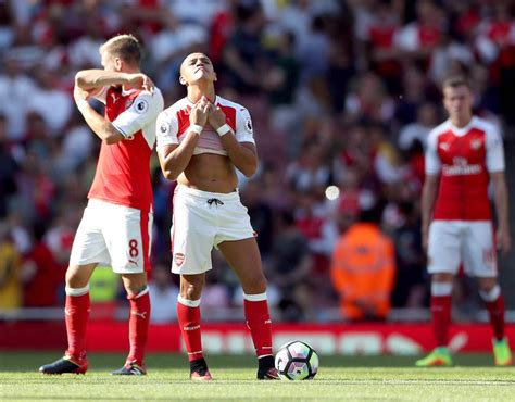 alexis sanchez and lacazette alexis sanchez five things we learned from arsenal s