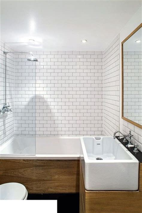 Small Bathroom Ideas Uk by 17 Best Ideas About Small Bathroom Designs On