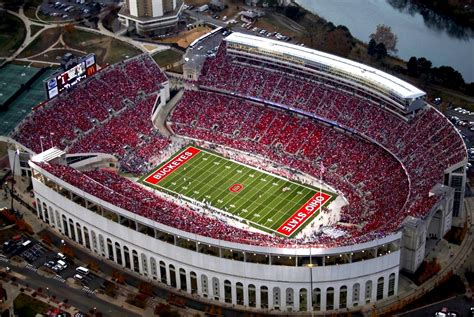 Top 10 Loudest College Football Stadiums