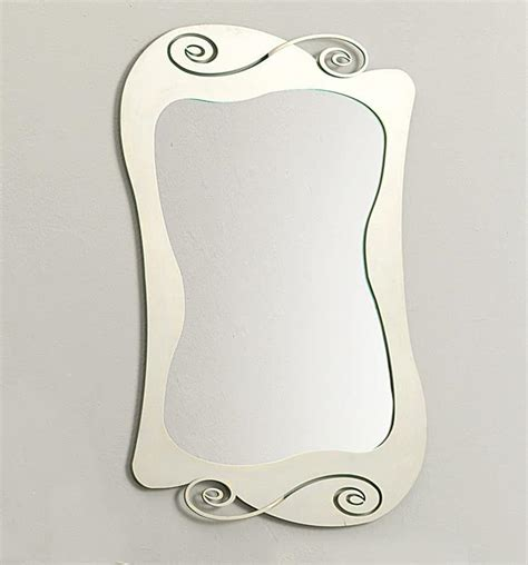 cornici design specchio con cornice curvilinea in ferro idfdesign