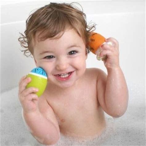 Bak Mandi Bayi Kuku tips mengatasi bayi dan anak susah mandi