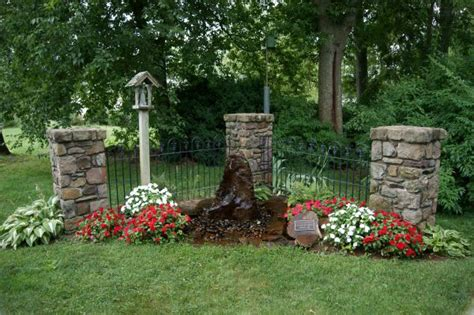 small memorial garden ideas 17 best ideas about memorial gardens on