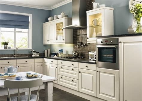 Colour Ideas For Kitchen Walls | contrasting kitchen wall colors 15 cool color ideas