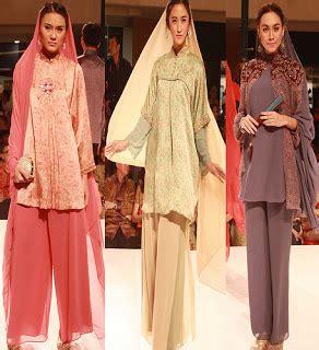 Ririanti Batik Layer Mini Dress motif quot mickey mouse quot hadir dalam batik keris berita