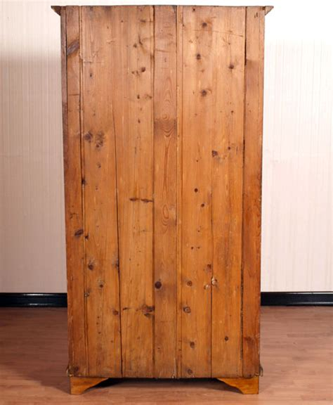 guardaroba arte povera antico armadio guardaroba classico 800 abete dipinto arte