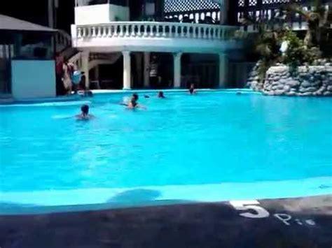 piscina en casa relajado en piscina casa blanca youtube