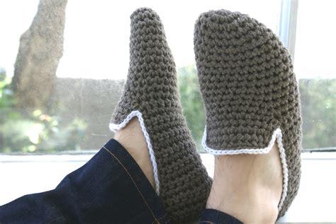 crochet s slippers his and hers crochet slippers felt