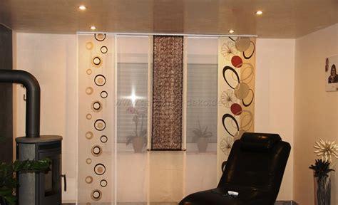 schiebegardinen wohnzimmer moderne schiebegardine f 252 rs wohnzimmer mit blumenmuster in