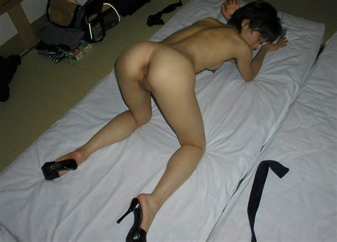 amateur japanese Naked Ass Chick In Heels