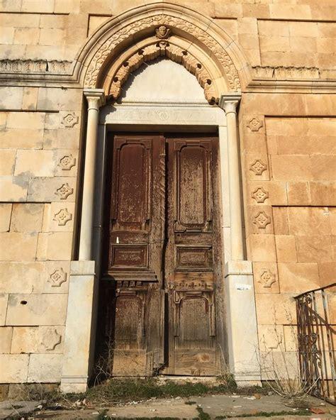 The Green Door Lebanon by Fav Thing Doors Wheremyshoeslead Doors Rustic