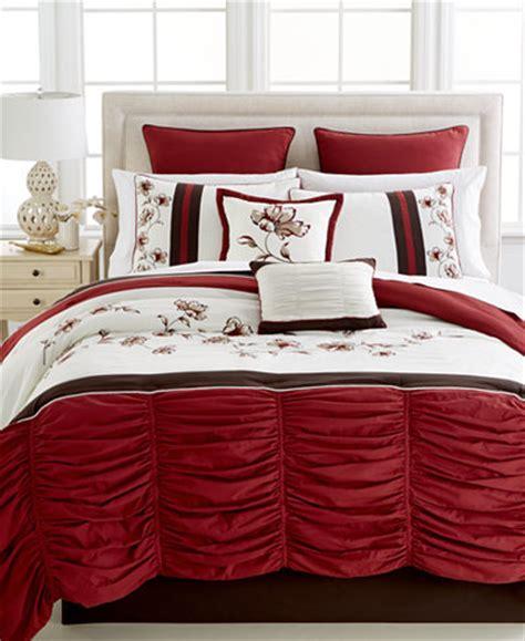 queen sale bed in a bag macys rando 8 pc queen comforter set bed in a bag bed