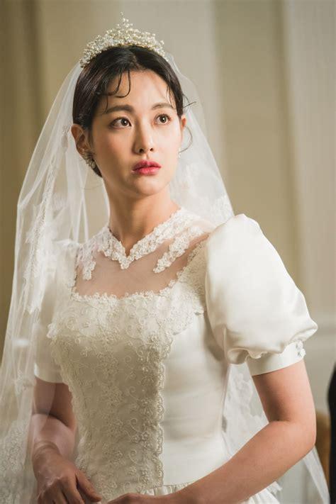lee seung gi oh yeon seo soompi quot hwayugi quot teases wedding scene between lee seung gi and oh