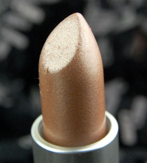 the mariah carey x mac lipstick is all youll want for mac cosmetics x mariah carey all i want lipstick review