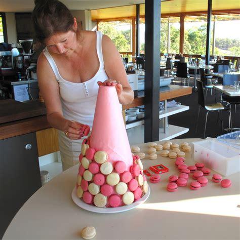 Makaroni Dower pin resepi macarons ayu cakes house cake on