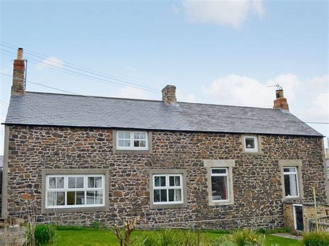 cottages in craster northumberland rowan cottage in craster selfcatering travel