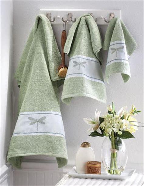 Dragonfly Botanical Green Bathroom Bath Towel Set Silver