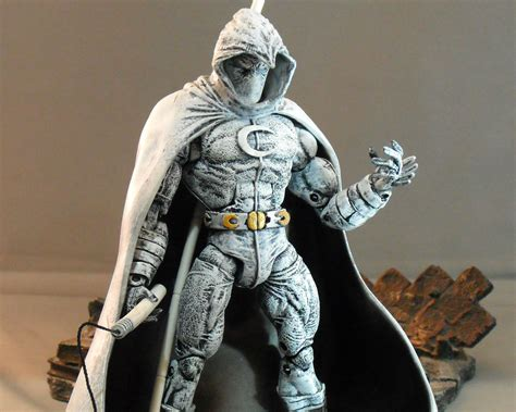 moon knight marvel he wallpaper 2000x1600 139579