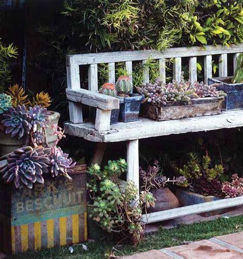 garden bench decorating ideas 10 materiali da riciclare per un giardino ecologico a