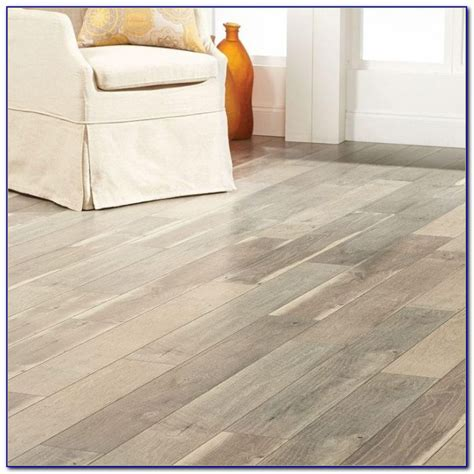 home decorators collection flooring who makes home decorators collection laminate flooring