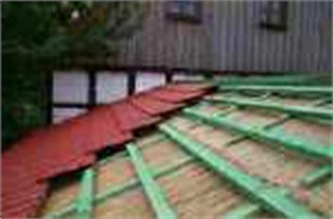 Dach Abdecken Und Neu Eindecken by Materialien F 252 R Ausbauarbeiten Dachdecken Selbst Machen