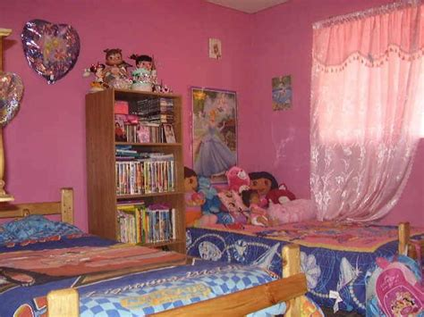 dora  explorer themed bedroom  kid interior
