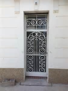 grilles de porte