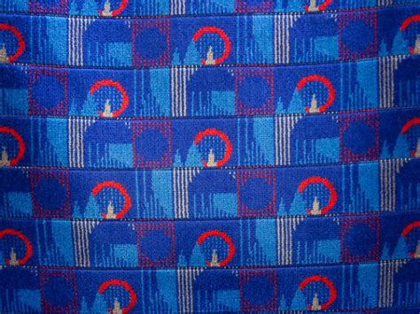 pattern making london can you name the four london landmarks in the tube seat