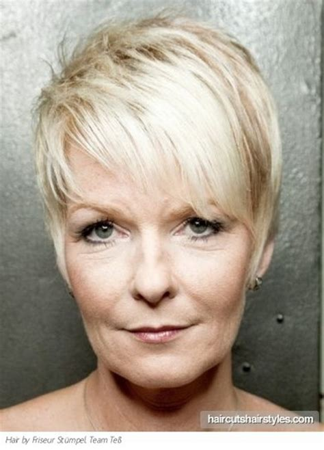 older women inspiration about pixie cuts korte kapsels pixie style haircuts for older women
