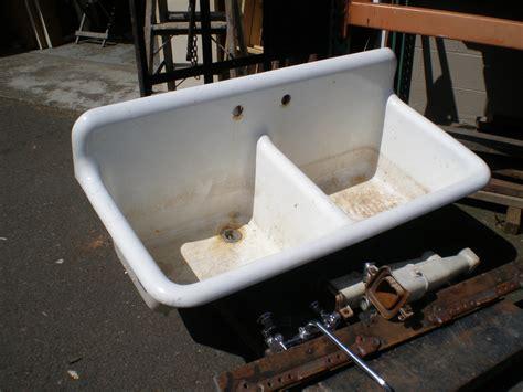 vintage cast iron porcelain sink kitchen sink with legs vintage cast iron utility sink