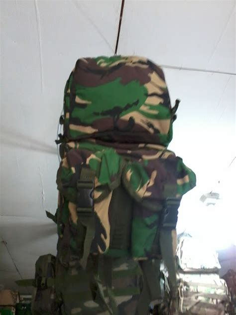 Harga Barbel Reebok arema sport army and sport tas army water bag
