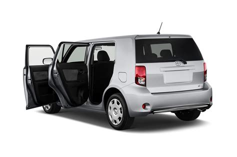 scion xb scion xb reviews research new used models motor trend
