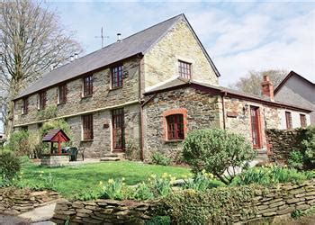 Cottage With Tub Cornwall by Merrymeet Cottage Ref E1137 In Bodmin With Tub