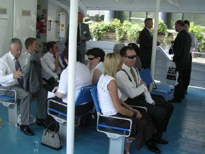 thames clipper extension new boat service links london eye with tower of london 29