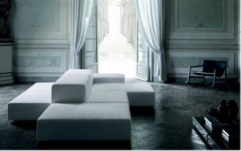 Supérieur Amenager Son Salon Sejour #1: Le-canapé-ilot-une-autre-façon-d-aménager-son-salon-living-divani-extra-soft.png