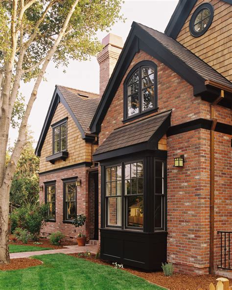 old brick houses red brick house color schemes brick red brick house with black trim google search