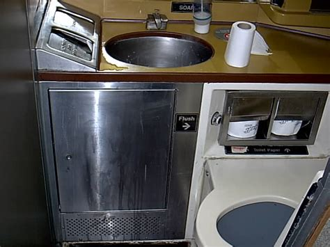 do amtrak trains bathrooms 28 images question about