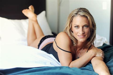 women in bed denver boudoir photography miss b denver boudoir photographer