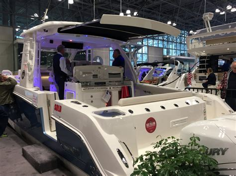 miami sail only boat show new york boat show sees steady crowds trade only today