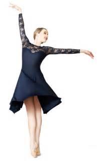 Dress Sabrina Cleo White informa news magazine