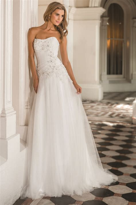 8 Beautiful Wedding Dresses For The Summer by Summer Wedding Dresses 1 3 Dresscab