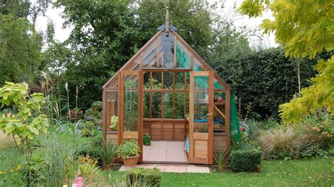 buying guide   choose  garden greenhouse