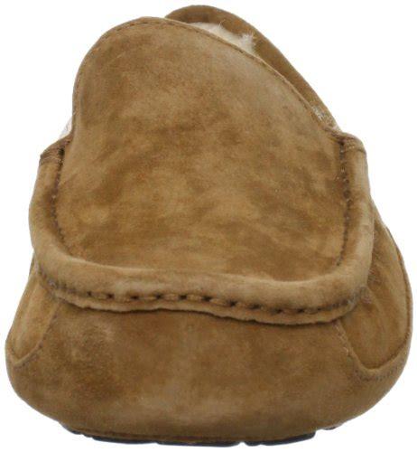 men s slippers for less overstock com ugg mens ascot camo