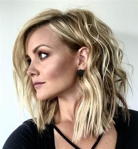 lobb hairstyles with bangs 366 best curly or wavy lobs and bobs images on pinterest