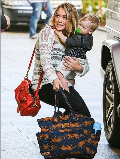 Other Designers Hilary Duff With Designer Travel Bags by 9 Stylish Baby Bags That Every Wants To Be Seen With