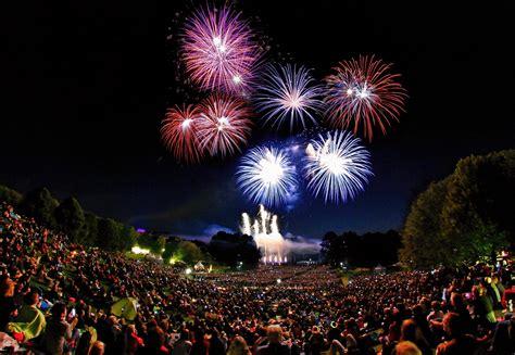 Britzer Garten Feuerblumen 2017 by Feuerblumen Und Klassik Open Air Im Britzer Garten Am 2