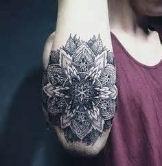 mandala tattoo offensive wolf tattoo mandala style tattoos pinterest animal